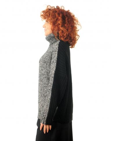 8PM Maglia dolcevita in lana nero D8PM02X115.009